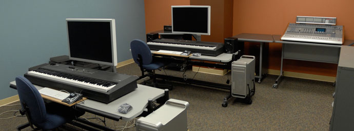State‐of‐the‐art Music Composition lab – Westbrook Music Building 13