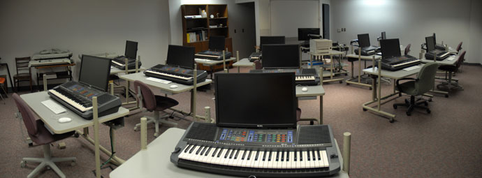 Keyboard work stations for music technology courses – Westbrook Music Building 1.1
